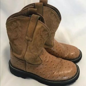 Ariat Fatbaby Size 7 Ostrich Print Cowboy Boots